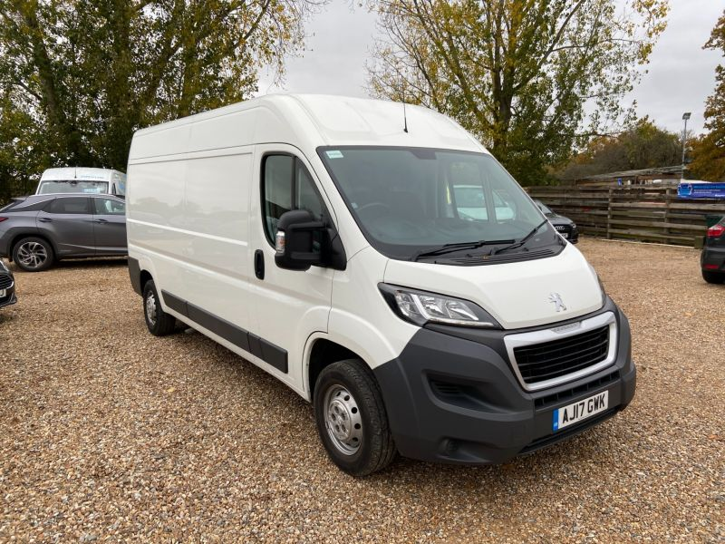 Used PEUGEOT BOXER BLUE HDI 335 L3H2 PROFESSIONAL P/V in Hampshire for sale